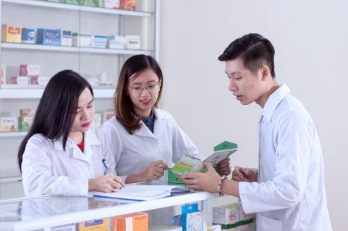 Hồ sơ xét tuyển Văn bằng 2 Cao đẳng Dược TP.HCM gồm những giấy tờ gì?