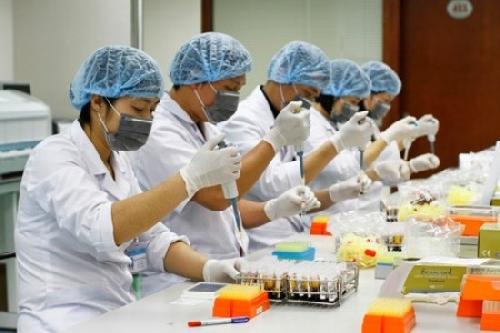 Địa chỉ đào tạo Cao đẳng Xét nghiệm lý thuyết gắn liền thực hành