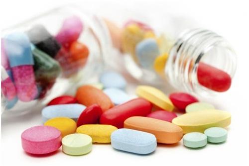 Dược sĩ cảnh báo: Sai lầm chết người khi sử dụng thuốc tân dược