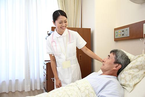 Điều dưỡng viên đóng vai trò quan trọng trong bộ máy Y tế